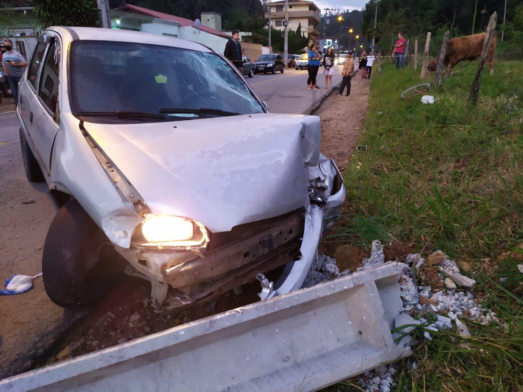 A colisão ocorreu na rua Ponta Russa, no bairro Águas Claras.