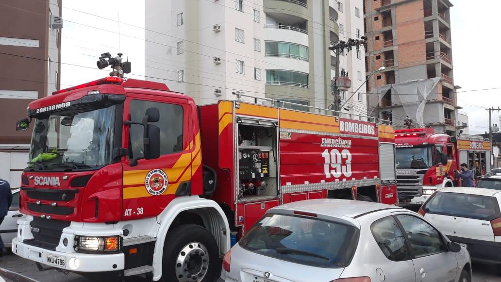 Corpo de Bombeiros são acionados para incêndio no Centro