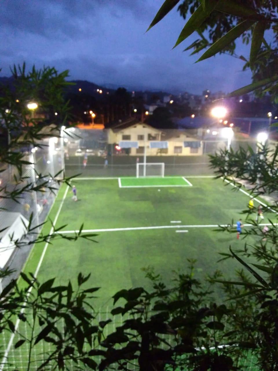 Campo sintético da Sociedade Ipiranga.