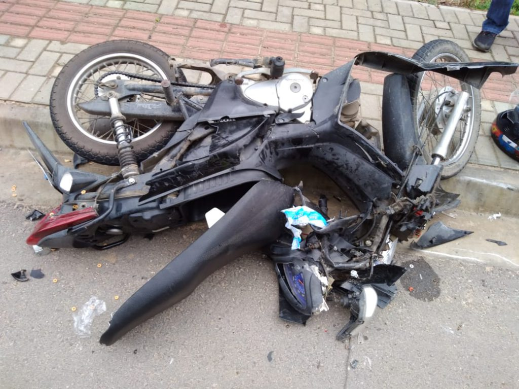 Vítima que conduzia a motoneta foi encaminhada ao hospital