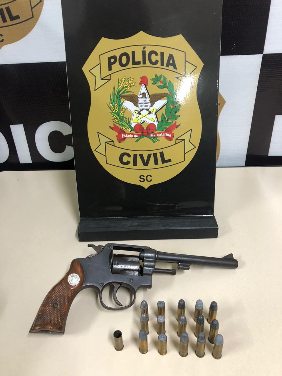 DIC apreendeu revólver usado no crime