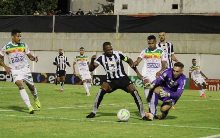 Brusque perde em casa para o Ceará pela Copa do Brasil