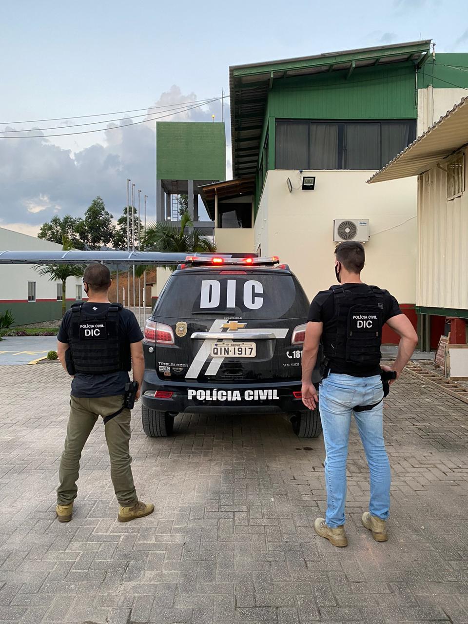 Homem condenado por roubo é preso pela Polícia Civil em Brusque
