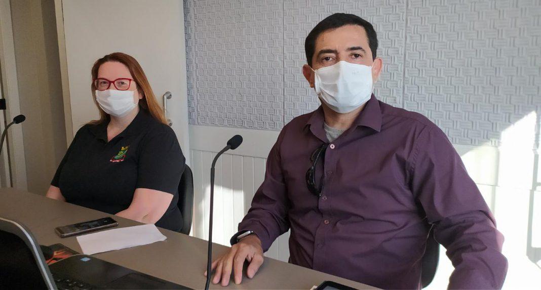 Dr. Nestor Daniel Huaco Palomino e Thais de Oliveira Formento