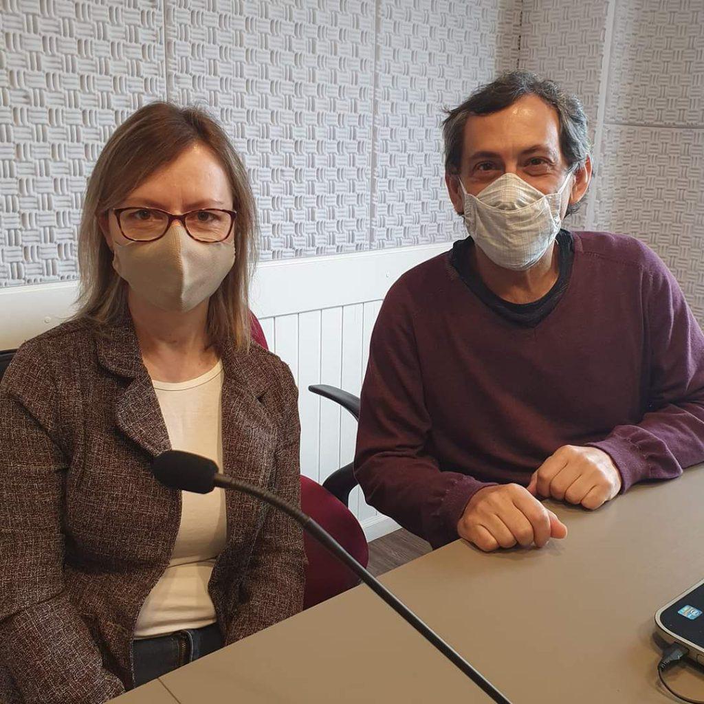 Cristina Sapata e Sergio Westrupp nos estúdios da Rádio Diplomata