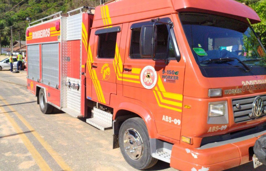 Diversos acidentes foram registrados pelo Corpo de Bombeiros durante este sábado, 14