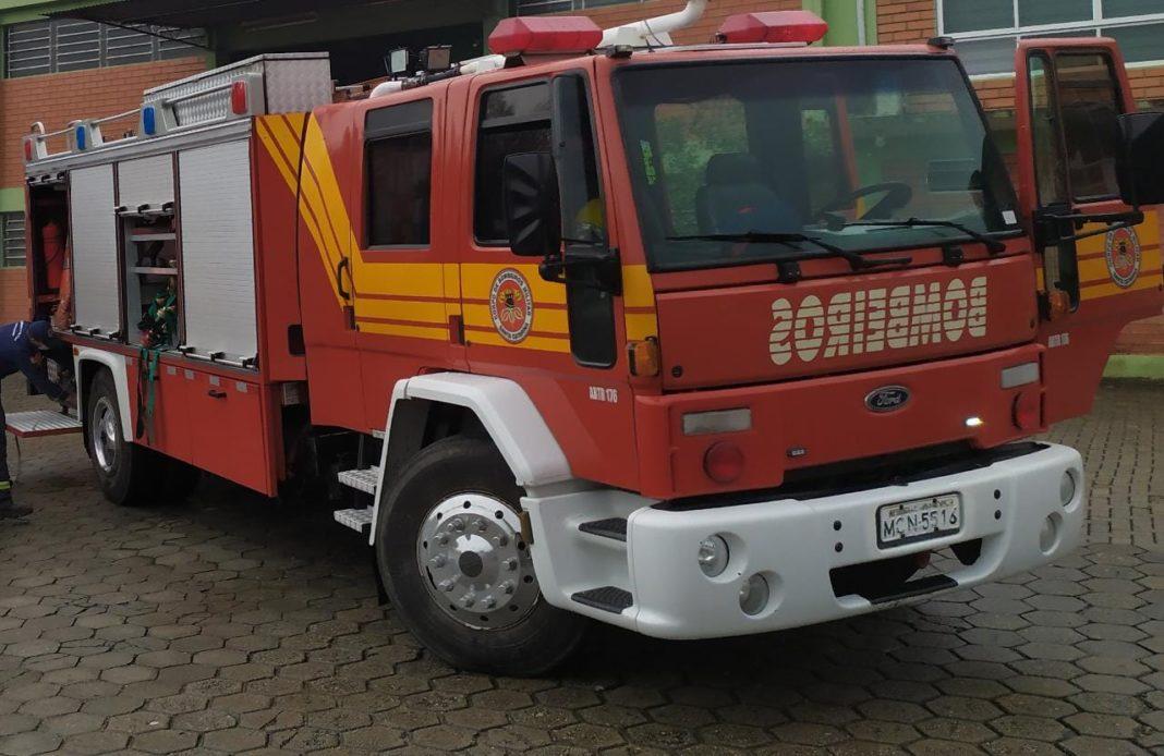 Corpo de Bombeiros foi acionado para princípio de incêndio em empresa no bairro Limoeiro