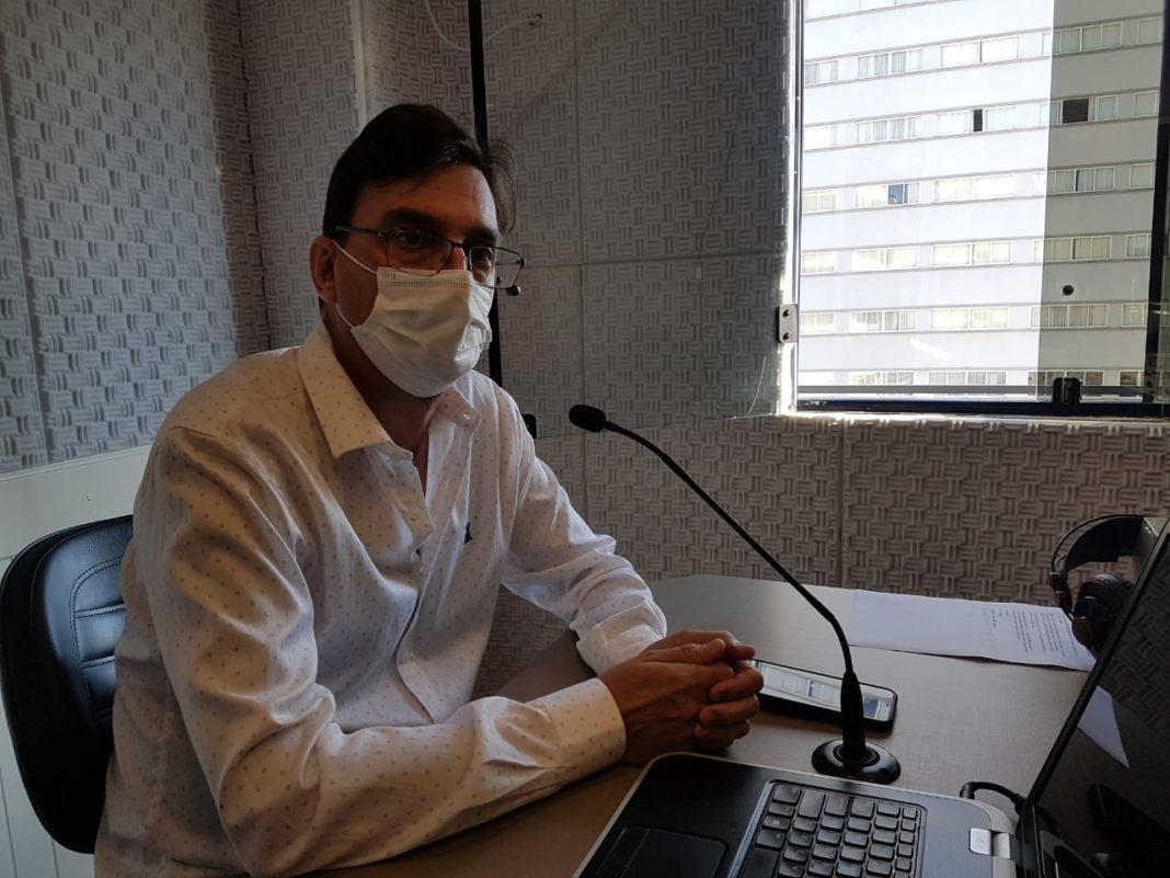 Secretário Municipal de Saúde de Brusque, Humberto Martins Fornari, no Jornal da Diplomata