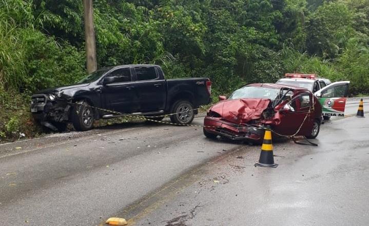 acidente foi registrado na Rodovia Pedro Merizio, nas imediações do bairro Ribeirão do Ouro.