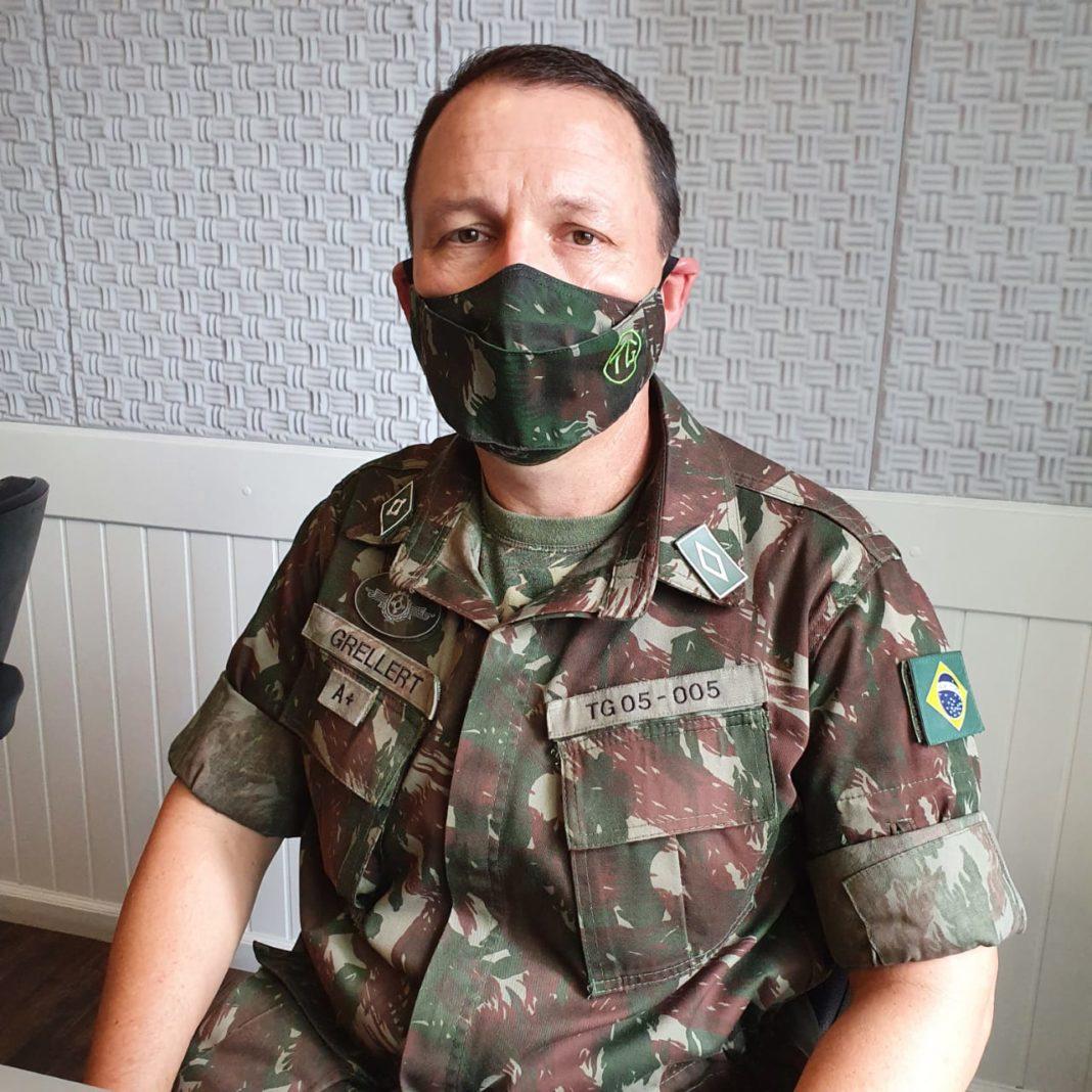 Subtenente Paulo César Grellert, Chefe de Instrução, do Tiro de Guerra 05-005